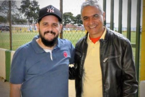 Na foto, Lepoldo e Cássio Almeida na inauguração das melhorias do Expedicionários Sport Club.